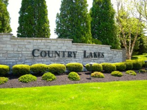Country Lakes Medina Condos for Sale